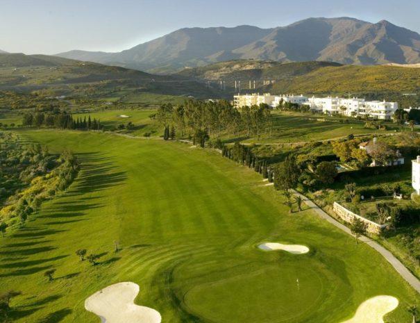 the-estepona-golf-clubs-impressive-golf-course-within-impressive-costa-del-sol