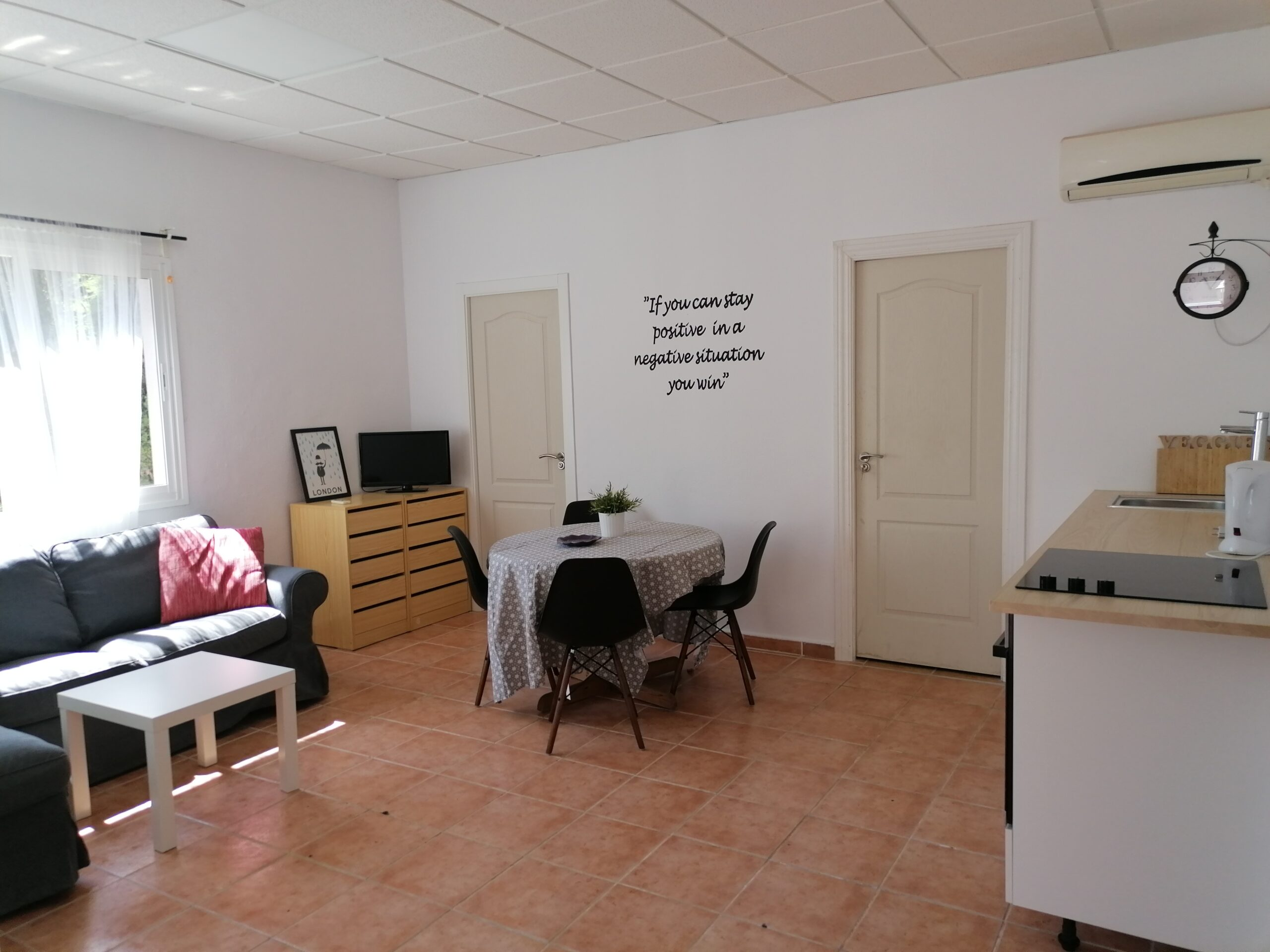 Apartment11_kitchen