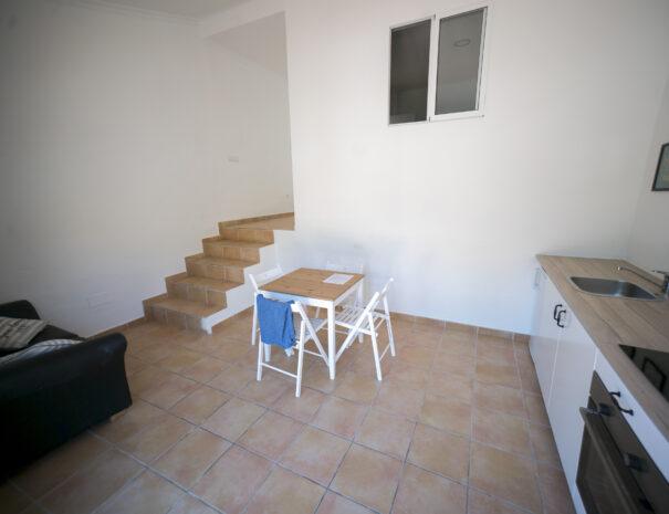 Apartment4to9_kitchen