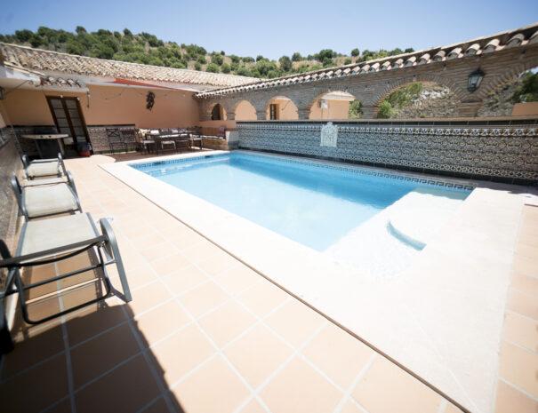 Penthouse_pool5